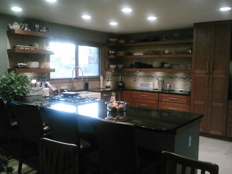 Shaker Cinnamon Kitchen Cabinet