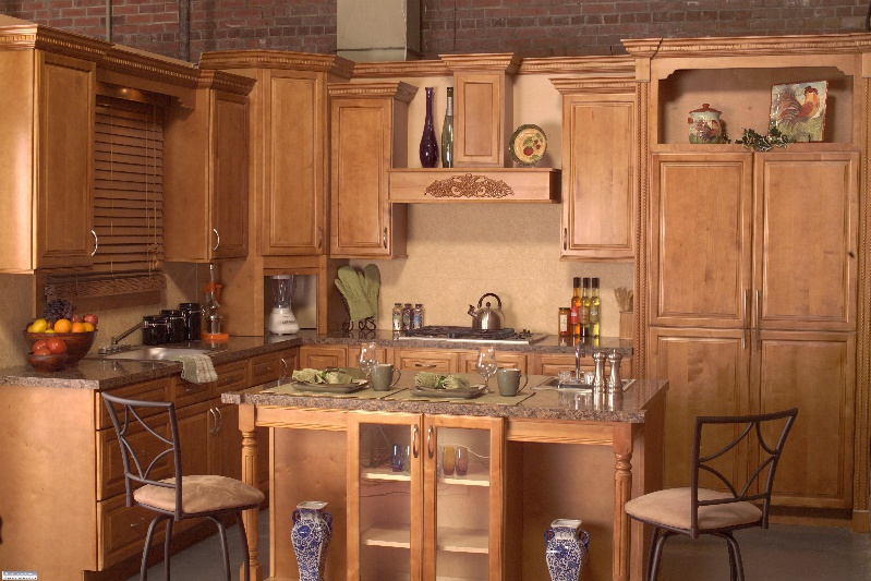 maple spice kitchen cabinets spice maple kitchen cabinet pictures 23055